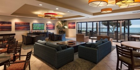 Crowne Plaza Ventura Beach Gallery