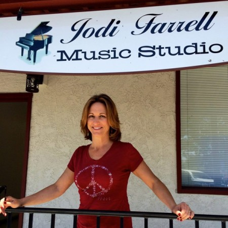 Jodi Farrell's Music Studio Performance Workshop