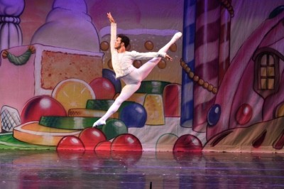 "Renowned International Ballet Star Joins Ventura County Ballet for Holiday Classic, ""The Nutcracker"""